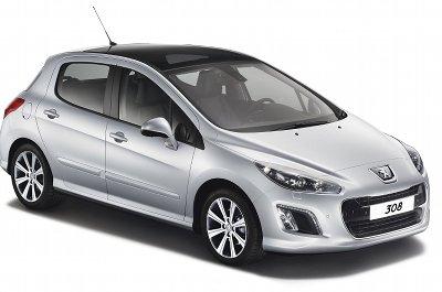 Pr�sentation de la Peugeot 308 de 2012. Restyl�e en 2011, cette version 2012 de la Peugeoit 308 re�oit des versions e-HDI avec un syst�me  de Stop & Start performant, qui permet de faire diminuer la consommation et les �missions de CO2 en ville, en coupant le moteur lorsque le v�hicule est � l'arr�t.